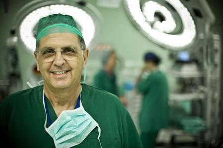 Профессор, детский кардиохирург Арам Смолинский - Израиль